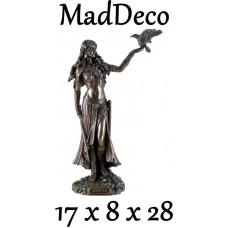 MadDeco - beeldje - Morrigan - Keltische - godin - oorlog