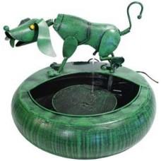 Plassende hond - metalen fontein tuindecoratie gs61008