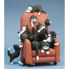 Save me a seat - beeldje - poezen - dubout