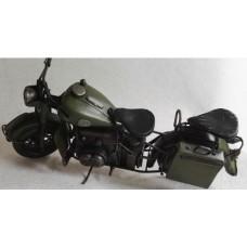Blikken - leger - motor - munitie - kist