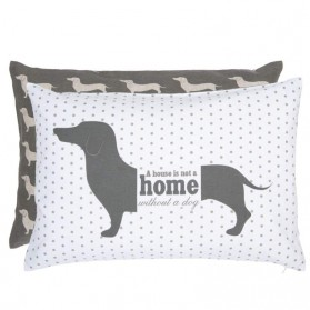 A house is not a home without a dog teckel kussen clayre and eef