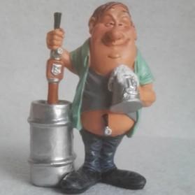 Bierbrouwer - horeca - beeldje – beroepen – hobby – funny jobs – warren stratford – 10x8x15 cm