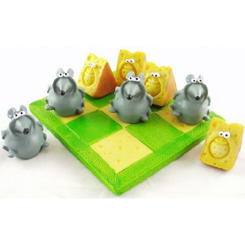 Boter kaas en eieren spel met muizen en kaas
