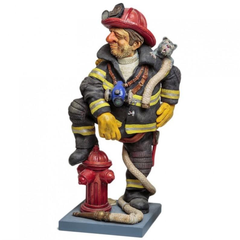 Brandweerman beeldje van Forchino