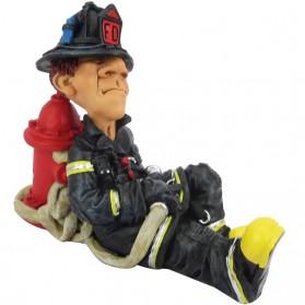 Liggende brandweerman beeldje Warren Stratford 6319