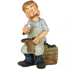 Schoenmaker beeldje Warren Stratford 9479