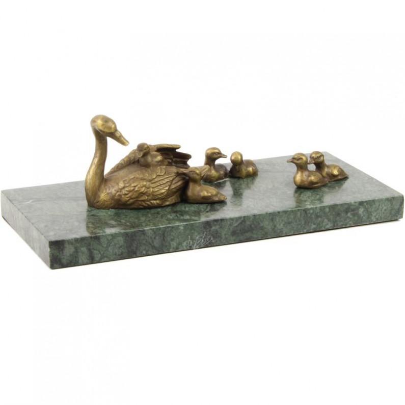 Zwaan met jonge zwaantjes bronzen beeldje 82af